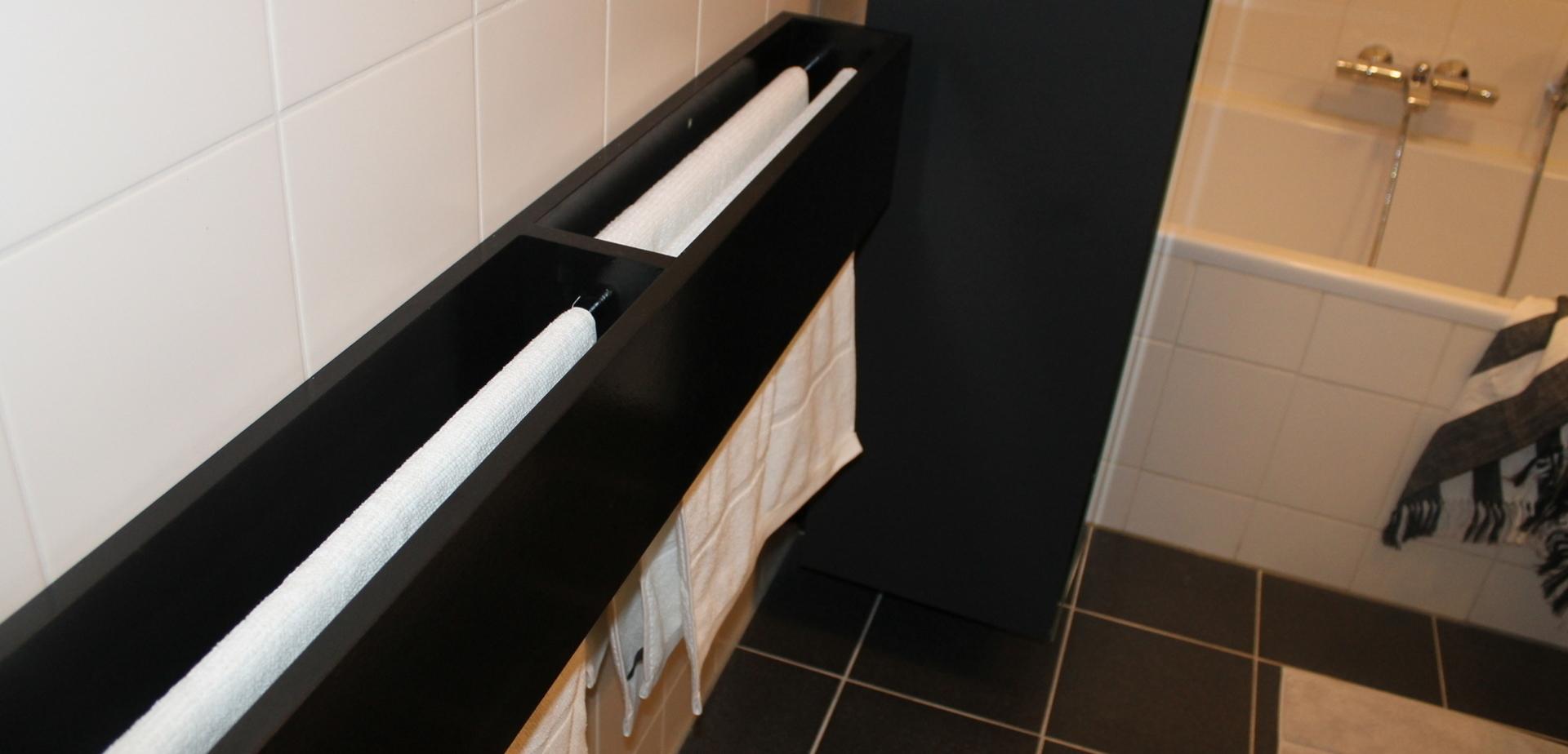 fabriquer un porte serviettes pour la salle de bains pour les makers. Black Bedroom Furniture Sets. Home Design Ideas