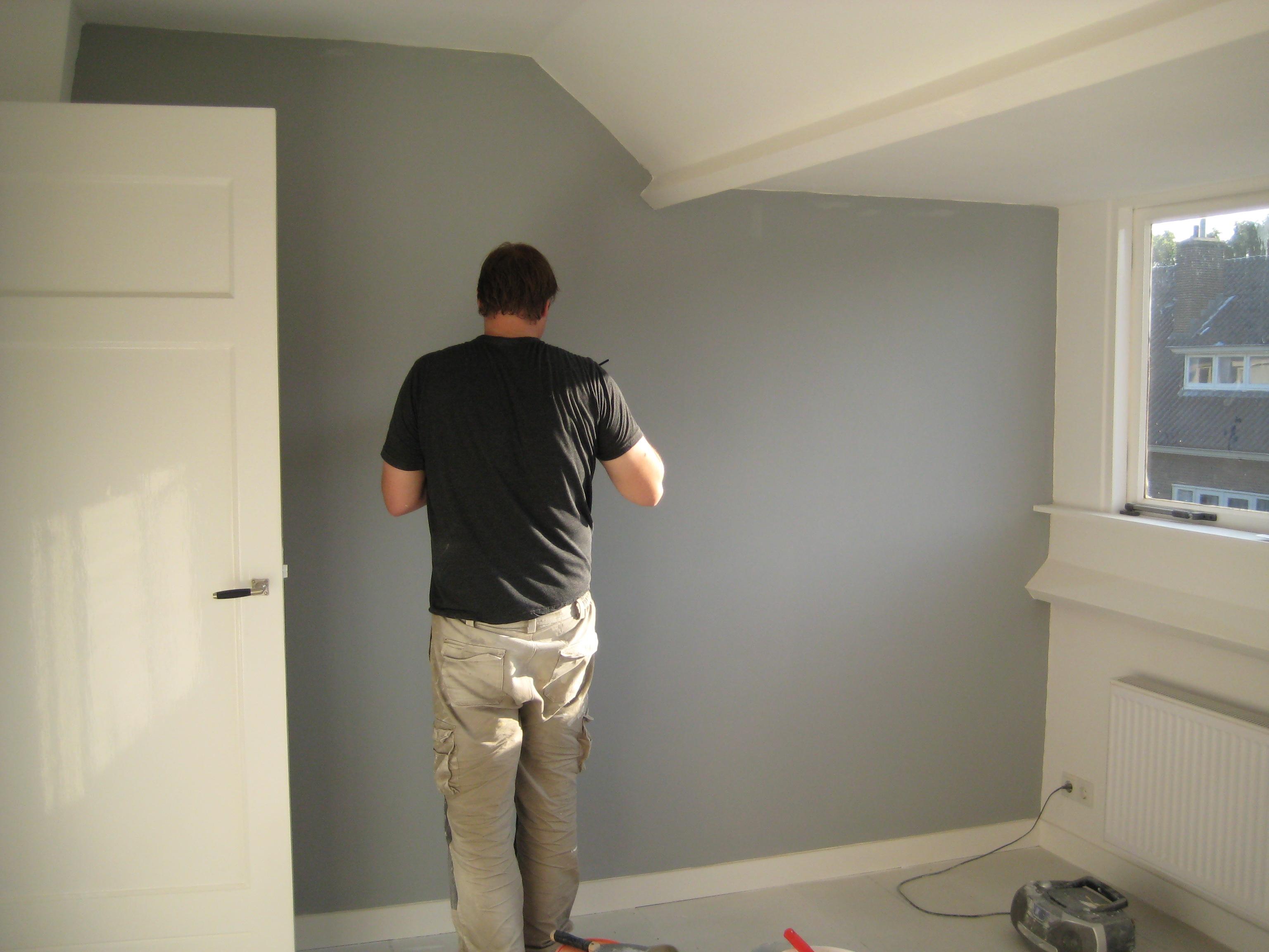 Peindre un mur pour les makers for Repeindre sur du papier peint