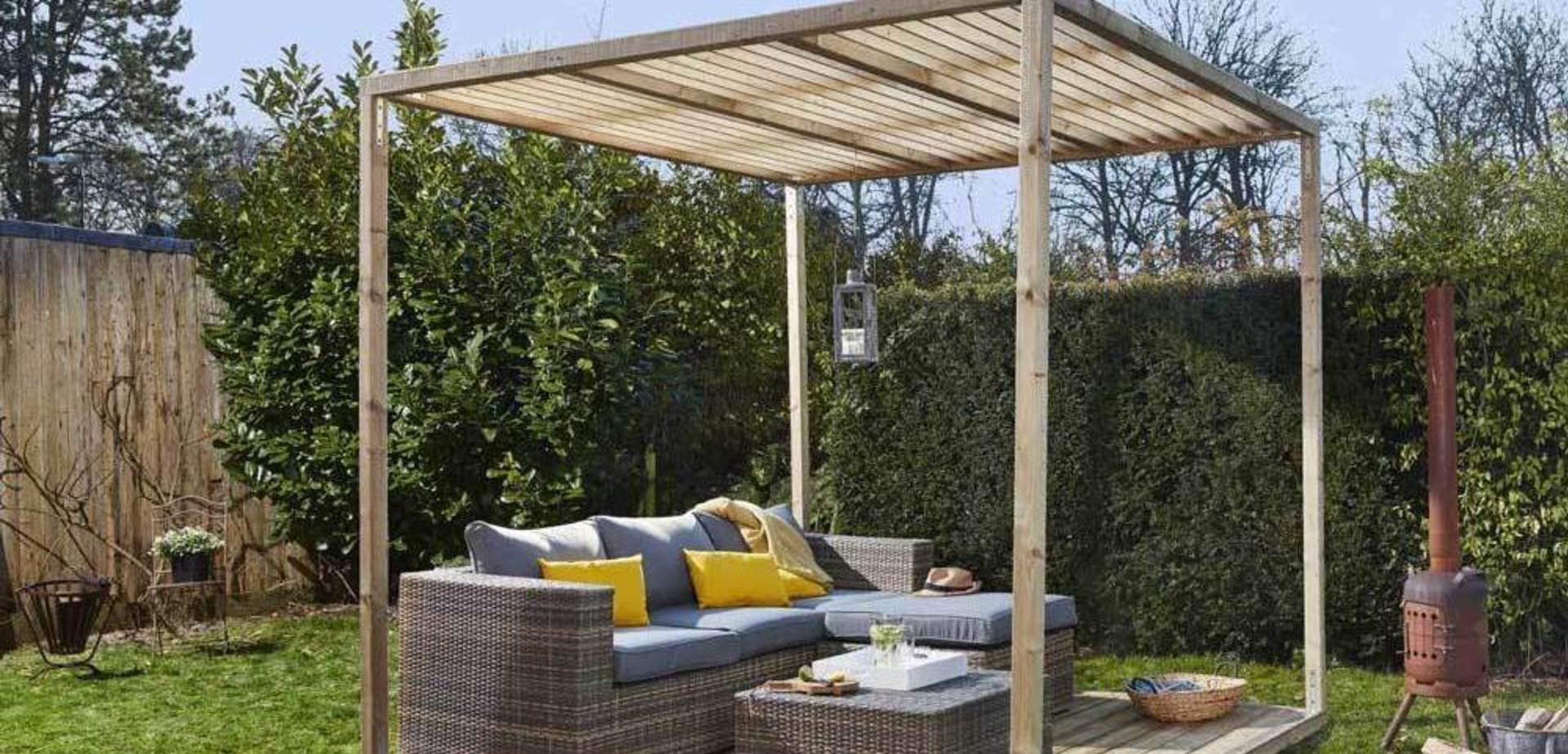 construire une pergola en bois pour les makers. Black Bedroom Furniture Sets. Home Design Ideas
