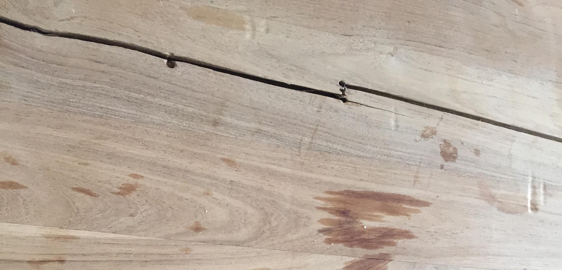 T ches et ronds sur votre table en bois pour les makers for Tache blanche sur table en bois