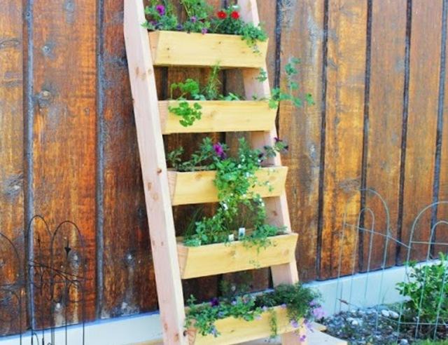 bac plantes pour le balcon pour les makers. Black Bedroom Furniture Sets. Home Design Ideas